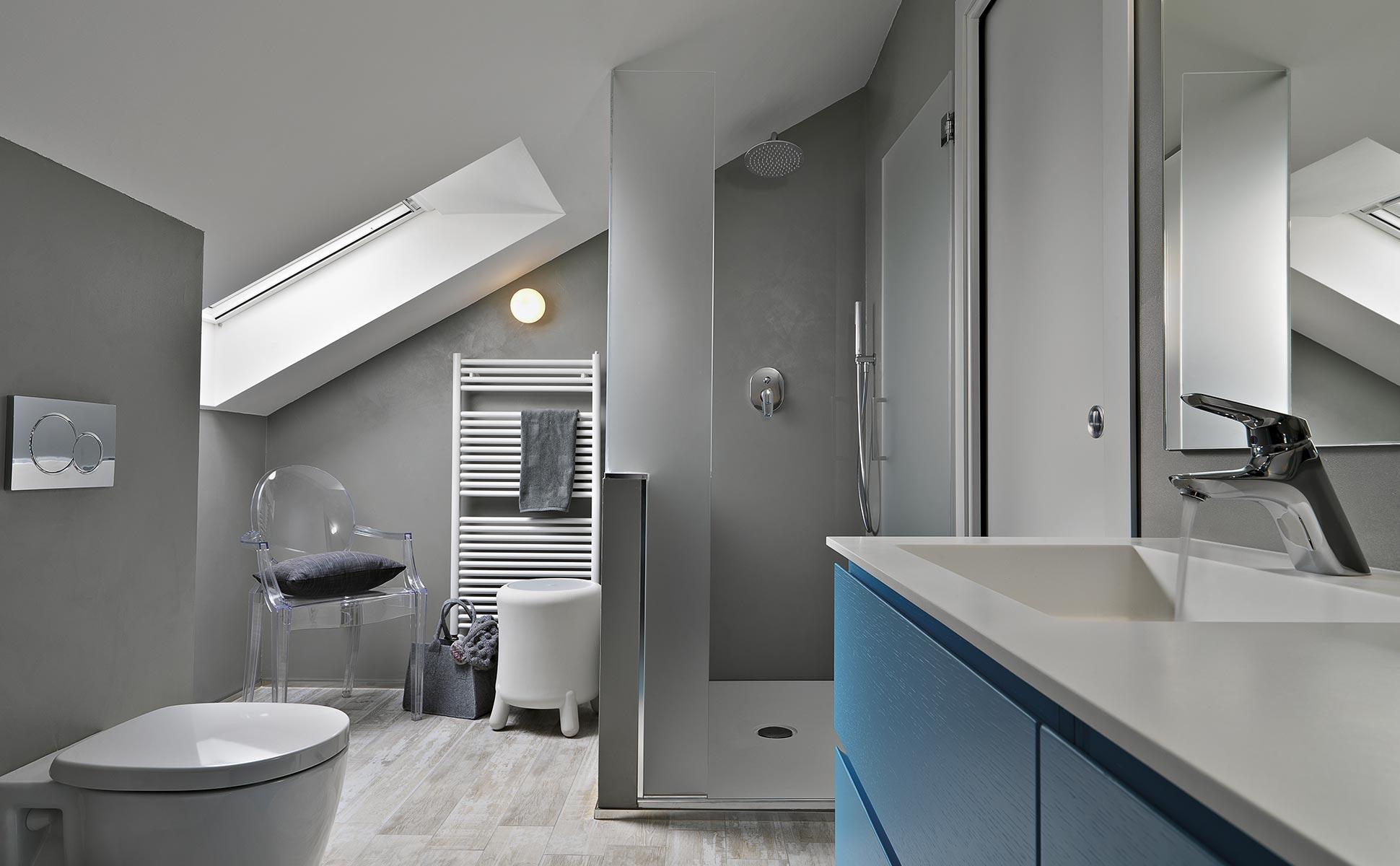 Aménagement d'une salle de bain sous combles